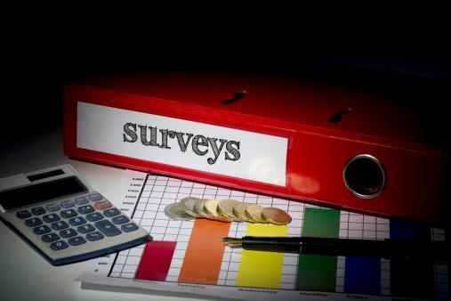 Audit「Surveys on red business binder」:スマホ壁紙(6)