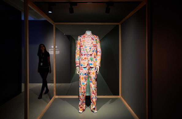 Barbican Art Gallery「The Vulgar: Fashion Redefined Installation Images」:写真・画像(18)[壁紙.com]