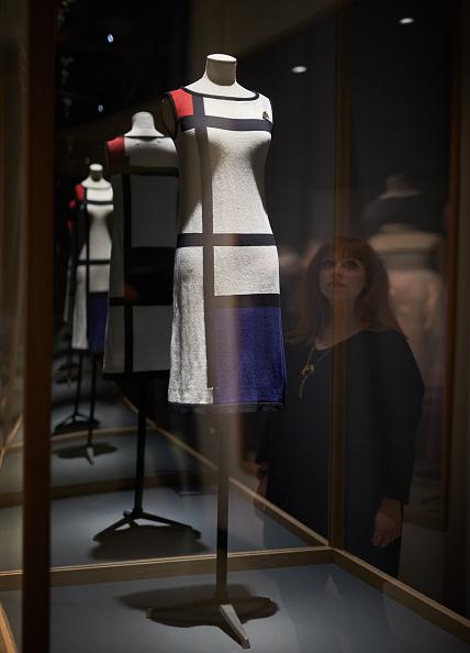 Barbican Art Gallery「The Vulgar: Fashion Redefined Installation Images」:写真・画像(17)[壁紙.com]
