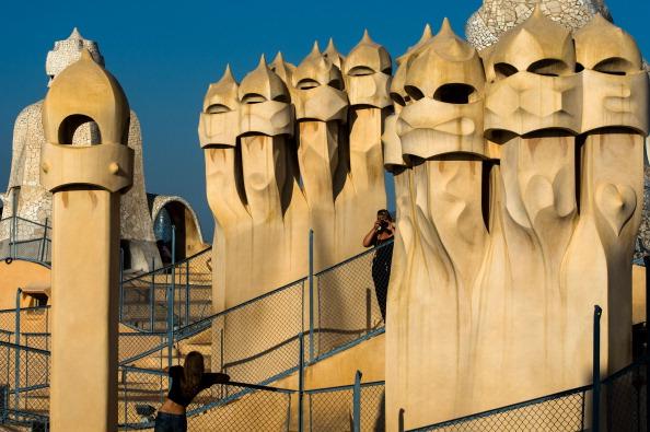 アントニ・ガウディ「Daily Life In Barcelona」:写真・画像(4)[壁紙.com]