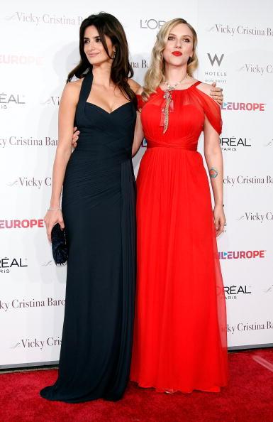 "Finger Waves「Premiere Of Weinstein Co.'s ""Vicky Cristina Barcelona"" - Arrivals」:写真・画像(4)[壁紙.com]"