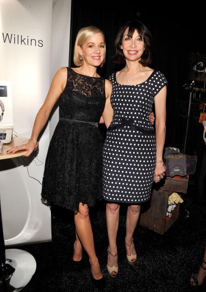 Douglas Miller「Official Presenter Gift Lounge At The 2012 Film Independent Spirit Awards」:写真・画像(17)[壁紙.com]