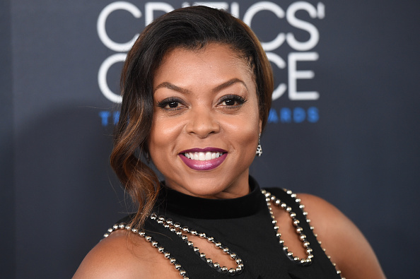 笑顔「5th Annual Critics' Choice Television Awards - Arrivals」:写真・画像(11)[壁紙.com]