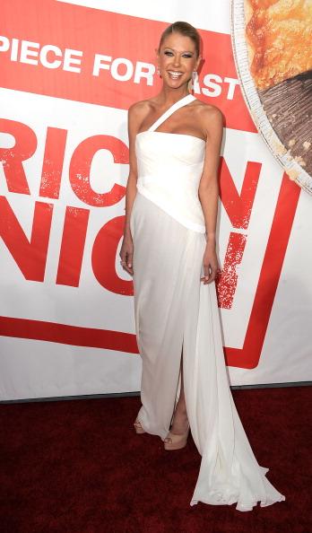 "Slit - Clothing「Premiere Of Universal Pictures' ""American Reunion"" - Arrivals」:写真・画像(4)[壁紙.com]"