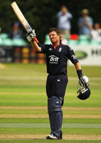 Ian Bell「Brit Insurance 2010 Cricket Season」:写真・画像(18)[壁紙.com]