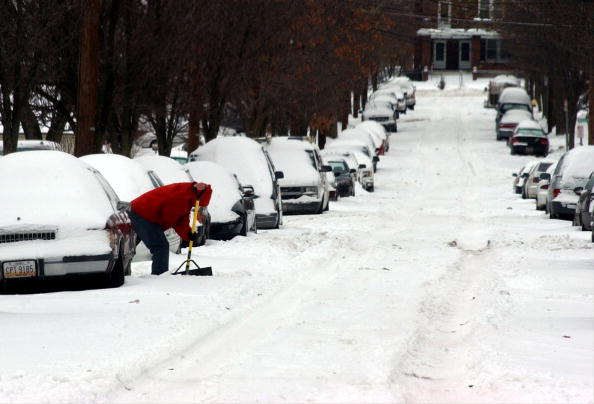 Snowdrift「Major Winter Storm Hits Ohio Before Christmas」:写真・画像(18)[壁紙.com]