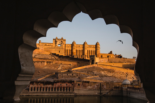 Rajasthan「The Amber Fort of Jaipur at sunrise」:スマホ壁紙(5)