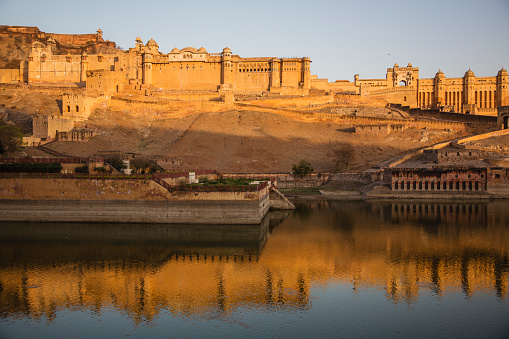 Rajasthan「The Amber Fort of Jaipur at sunrise」:スマホ壁紙(8)