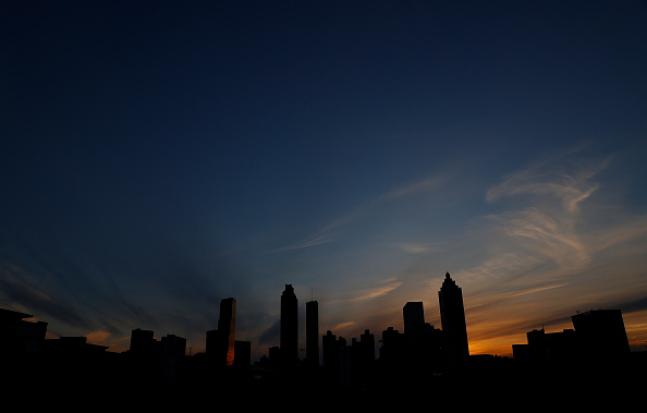 Atlanta - Georgia「Coronavirus Pandemic Causes Climate Of Anxiety And Changing Routines In America」:写真・画像(10)[壁紙.com]