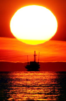 Sunset「California Oil is Source of Wealth and Fear」:写真・画像(12)[壁紙.com]