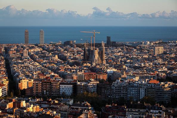 Sagrada Familia - Barcelona「Barcelona: Tourism And Daily Life As Independence Crisis Deepens」:写真・画像(15)[壁紙.com]