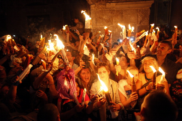 Religion「Orthodox Christians Celebrate Holy Saturday in Jerusalem」:写真・画像(5)[壁紙.com]