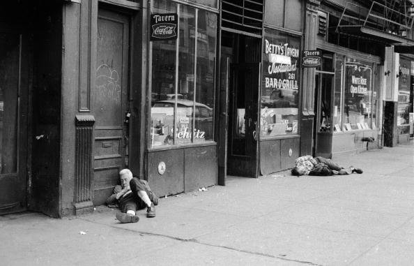 William Lovelace「Bowery Drunks」:写真・画像(7)[壁紙.com]
