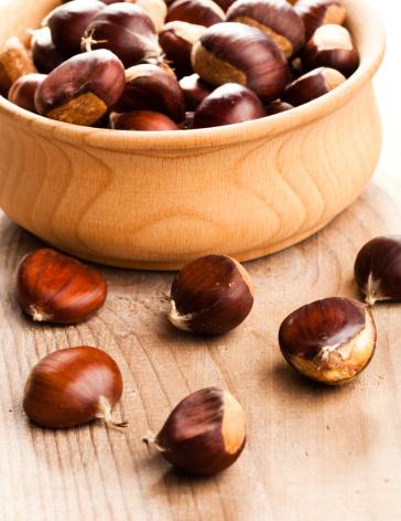 栗「Chestnuts」:スマホ壁紙(19)