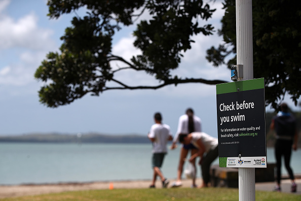 Risk「Auckland Beaches Not Safe For Swimming Due To Contamination」:写真・画像(8)[壁紙.com]