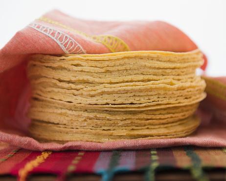 Tortilla - Flatbread「Stack of corn tortillas」:スマホ壁紙(6)