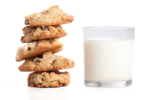 Walnut「Stack of Cookies and Milk Isolated on White Background」:スマホ壁紙(4)