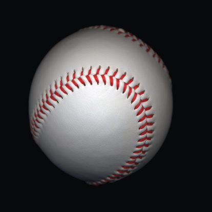 スポーツ用品「Baseball on black background, close-up」:スマホ壁紙(18)