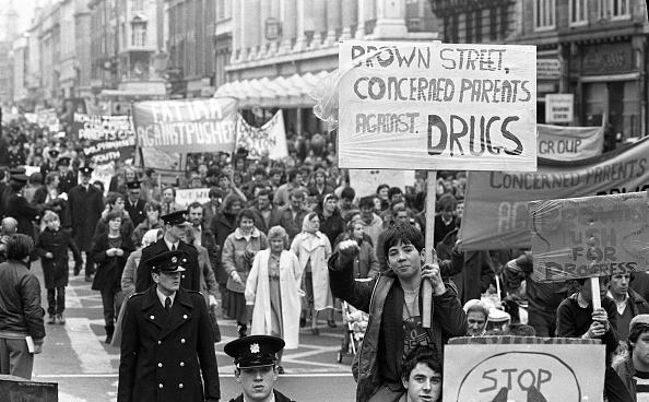 Worried「Dublin Protests」:写真・画像(3)[壁紙.com]