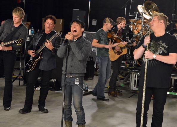 Neal Schon「CMT Crossroads: Journey And Rascal Flatts - Rehearsals」:写真・画像(8)[壁紙.com]