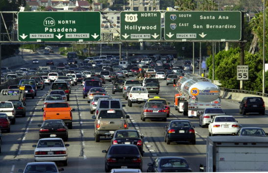 Multiple Lane Highway「Study Declares Los Angeles to Have Nation's Worst Traffic」:写真・画像(5)[壁紙.com]