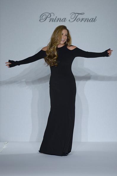 Fernanda Calfat「Fall 2015 Bridal Collection - Pnina Tornai For Kleinfeld - Show」:写真・画像(18)[壁紙.com]