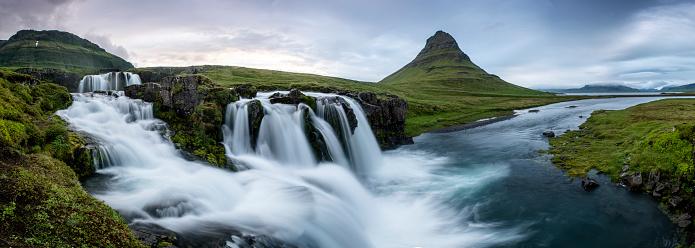 North Atlantic Ocean「Kirkjufell panorama green」:スマホ壁紙(17)