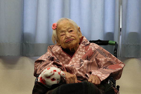 Adult「The World's Oldest Person Celebrated Ahead Of Turning 117」:写真・画像(6)[壁紙.com]