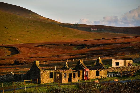 島「Foula - One Of The Remotest Permanently Inhabited Islands In Great Britain」:写真・画像(12)[壁紙.com]