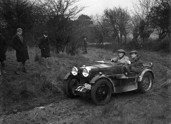 Country Road「MG M type of RK Nicholson at the Sunbac Colmore Trial, near Winchcombe, Gloucestershire, 1934」:写真・画像(7)[壁紙.com]
