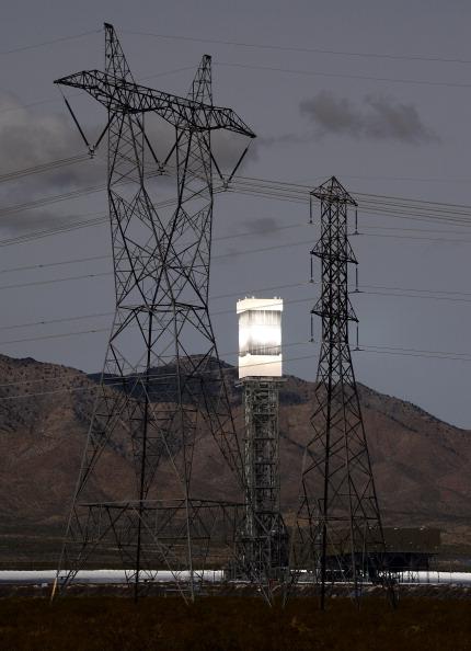 Communication「Massive Solar Electricity Plant Provides Power To California Homes」:写真・画像(12)[壁紙.com]