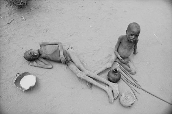 Hungry「Starving Children」:写真・画像(10)[壁紙.com]