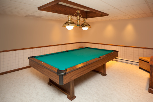 Basement「Billiards Room With Custom Lighting」:スマホ壁紙(5)