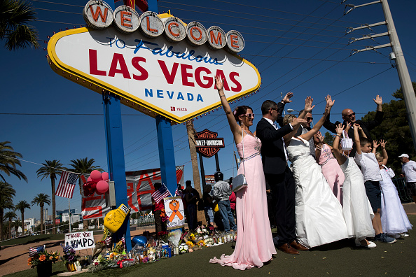 Nevada「Las Vegas Mourns After Largest Mass Shooting In U.S. History」:写真・画像(9)[壁紙.com]