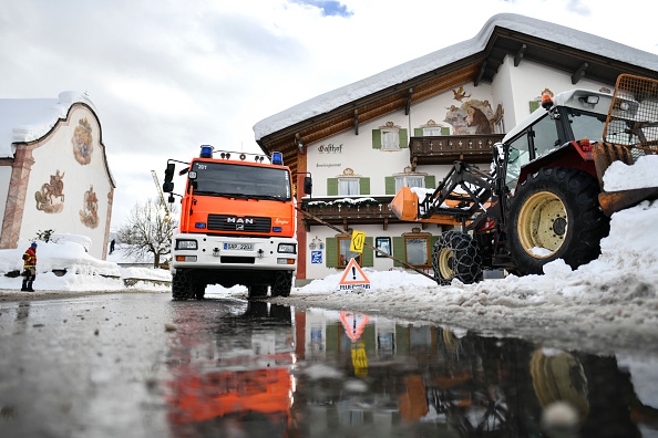 Krün「Austria And Southern Germany Inundated With More Snow」:写真・画像(11)[壁紙.com]
