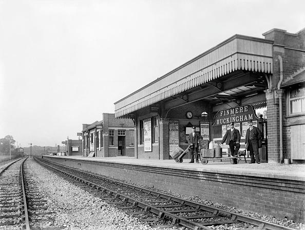 Railroad Station「Finmere Station」:写真・画像(4)[壁紙.com]