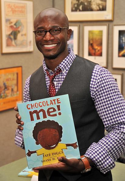 "Stephen Lovekin「Taye Diggs Signs Copies Of The New Book ""Chocolate Me""」:写真・画像(19)[壁紙.com]"