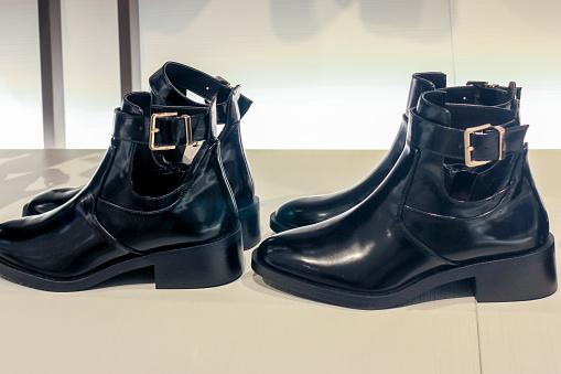 Positioning「Women boots」:スマホ壁紙(9)