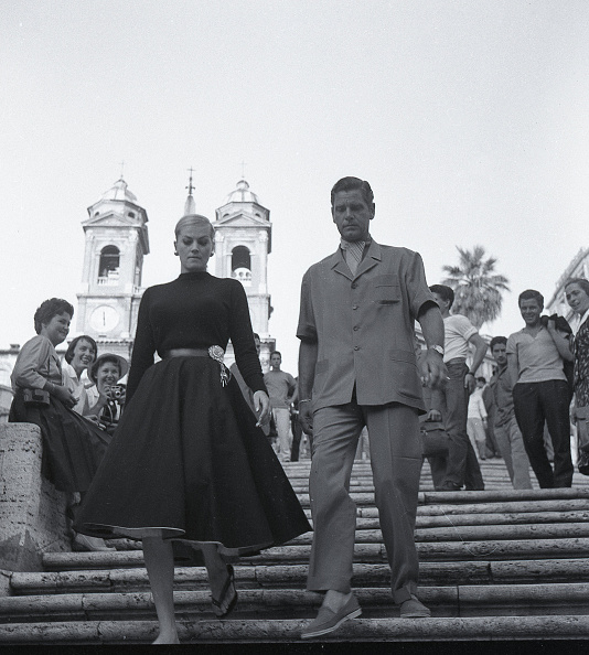 Elegance「The Swedish actress Anita Ekberg with the English actor Anthony Steel in Rome in 1958」:写真・画像(6)[壁紙.com]