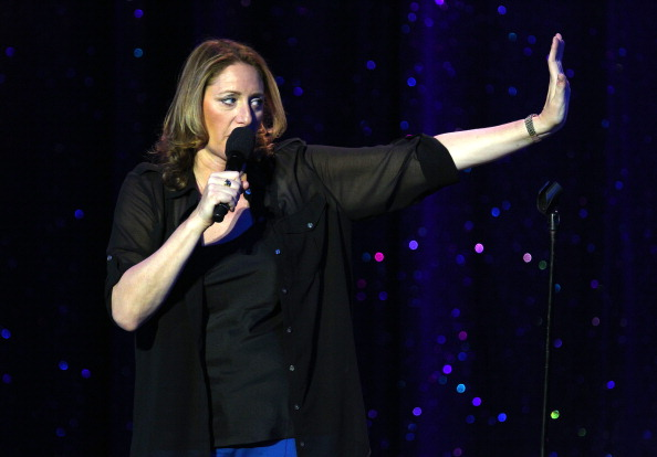 Fully Unbuttoned「Ray Romano Hosts International Myeloma Foundation's 6th Annual Comedy Celebration Benefiting The Peter Boyle Research Fund」:写真・画像(15)[壁紙.com]