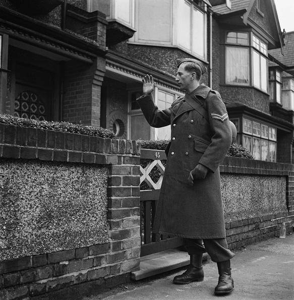 16-17 Years「Schoolboy Home Guard」:写真・画像(9)[壁紙.com]