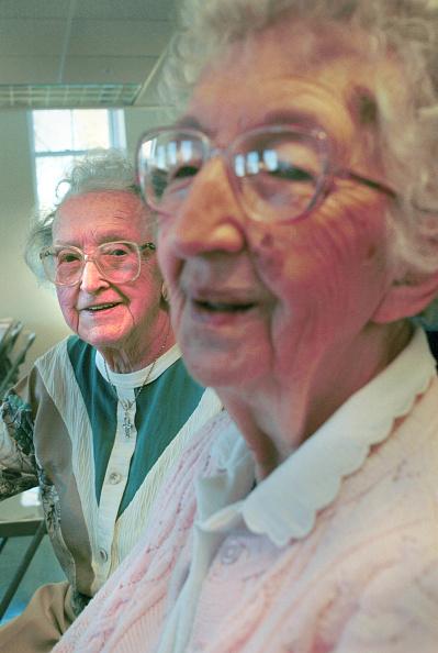 Insurance「Seniors Cross Into Canada for Drugs」:写真・画像(19)[壁紙.com]