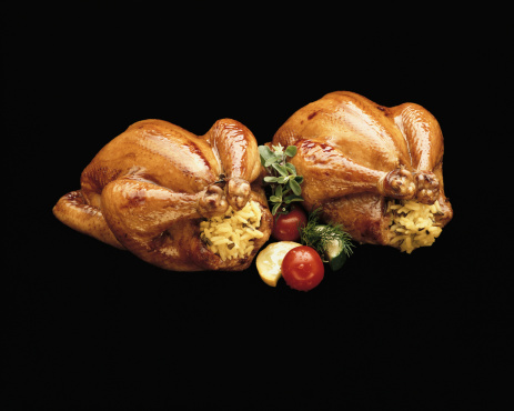 Stuffed Chicken「Roasted stuffed chicken with ingredients against black background, close-up」:スマホ壁紙(11)