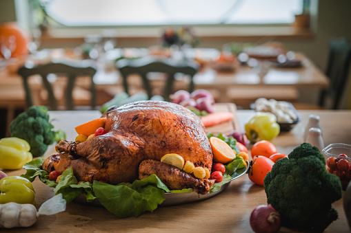 Stuffed Turkey「Roasted stuffed turkey on Thanksgiving day.」:スマホ壁紙(7)