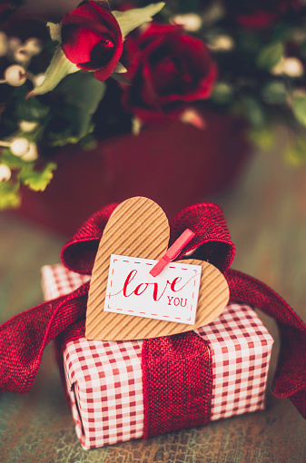 Gift Tag - Note「Valentine's Day gift with Love You message」:スマホ壁紙(12)