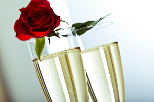 バレンタイン「バレンタインデーのシャンパン」:スマホ壁紙(13)