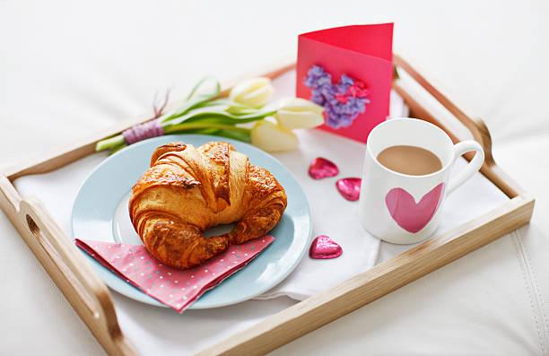 Valentine's Day breakfast tray:スマホ壁紙(壁紙.com)