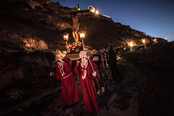 Holy Week「Villages Far From Spain's Main Cities Celebrate Holy Week」:写真・画像(14)[壁紙.com]