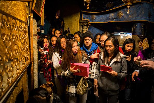 West Bank「Christian Pilgrims Visit The Church Of Nativity In Bethlehem」:写真・画像(1)[壁紙.com]