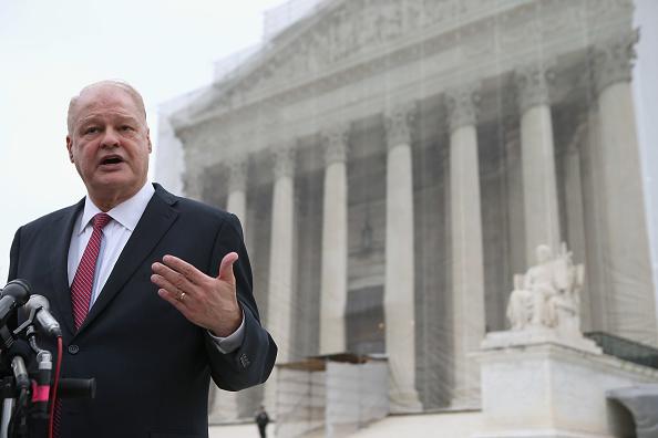 Attorney General「Supreme Court Hears Arguments Challenging AZ Voter Registration Law」:写真・画像(15)[壁紙.com]